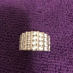 Jewelry - Sterling Silver crystal band size 6